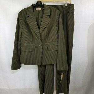 I.E. Pant Suit Pin Stripes Brown 14 Pants 12P